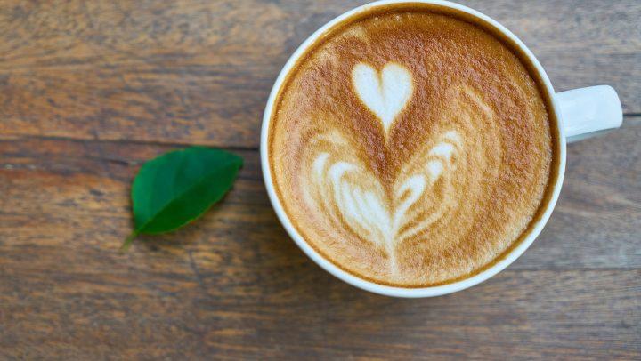 Où boire un café bio pas cher à Paris? Les 4 adresses du Zèbre
